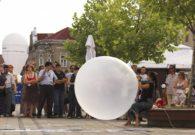 Reprezentatie cu balon - Festivalul international de teatru Atelier - Baia Mare 2007 (8/51)