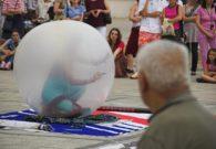 Reprezentatie cu balon - Festivalul international de teatru Atelier - Baia Mare 2007 (37/51)